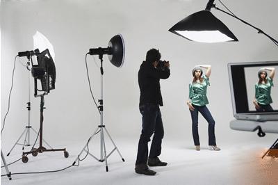 طراحی لوگو | آموزش نورپردازی در عکاسی صنعتی - طراحی لوگوآموزش عکاسی در تهران و حومه » آموزش عکاسی, آموزش نورپردازی, اموزش .